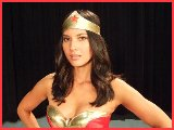 Hotties & Celebs Video - Wonder Woman in Japan